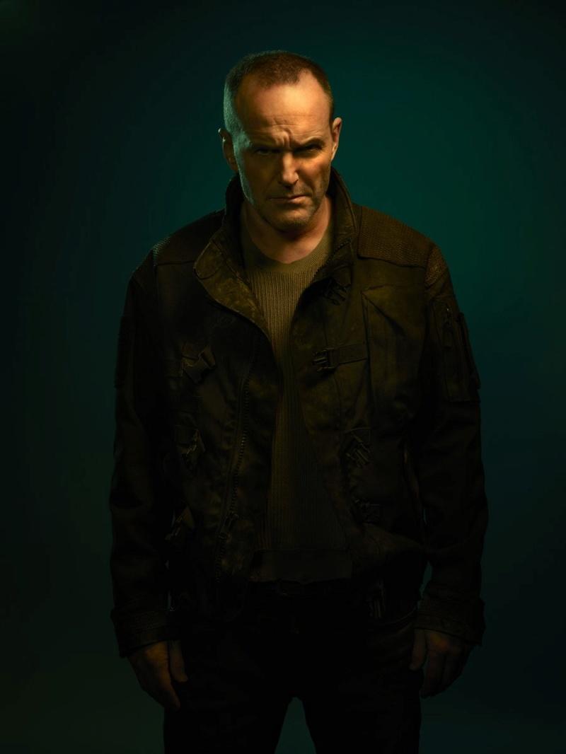 Les Agents du S.H.I.E.L.D [ABC/Marvel - 2013] - Page 9 D344os10