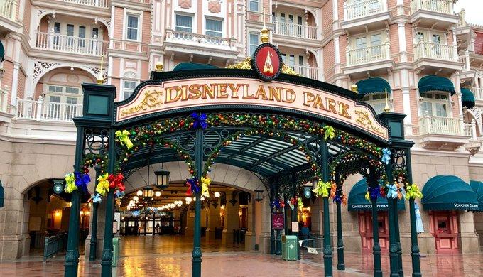 [Saison] le Noël Enchanté Disney (du 9 novembre 2019 au 6 janvier 2020) - Page 8 Eiwpvn10