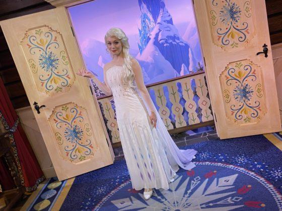 Célébration de la Reine des Neiges (du 11 janvier au 13 mars 2020) - Page 6 Elsa-a10