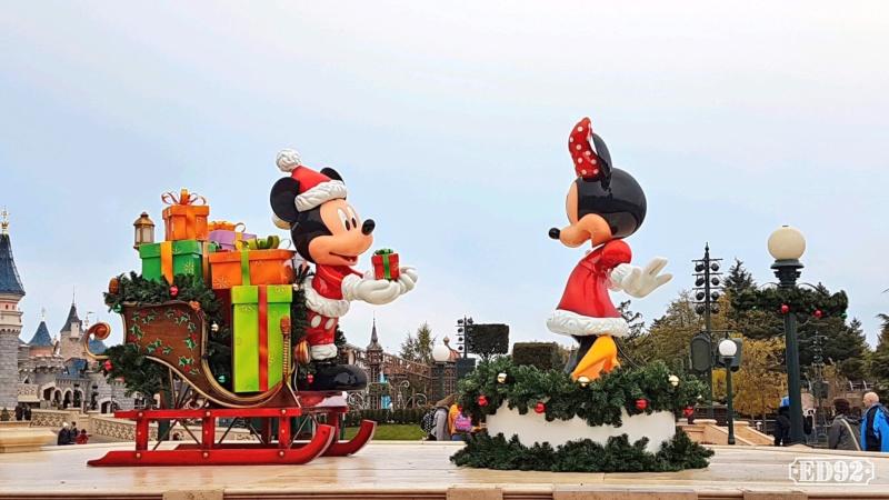 [Saison] Le Noël Enchanté Disney : une célébration Mickeyfique (2018-2019) - Page 7 Img_2043
