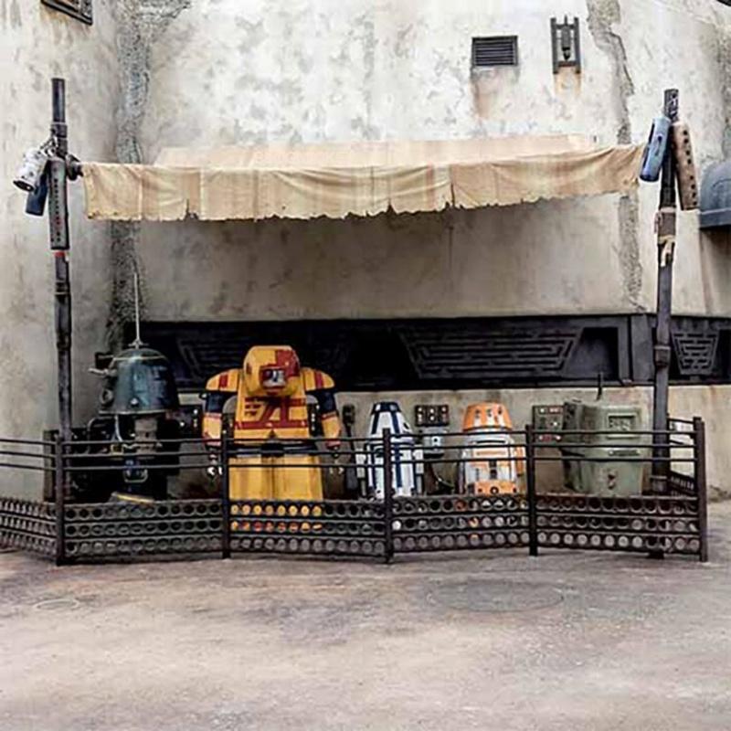 [Disneyland Park] Star Wars: Galaxy's Edge (31 mai 2019) - Page 37 V91010