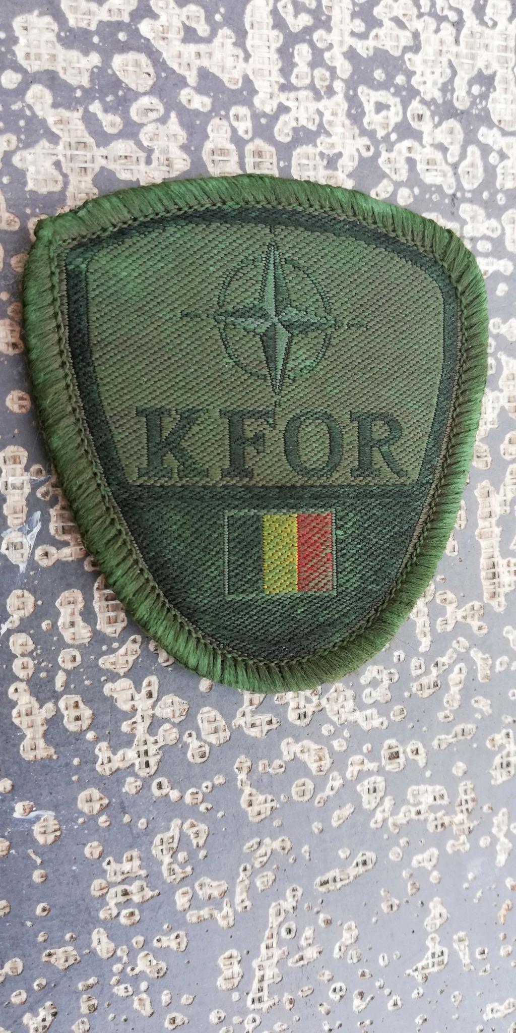 INSIGNES BELGES * MISSION EXTERIEURE OTAN ISAF ONU KFOR ISFOR SFOR ... Img_2286