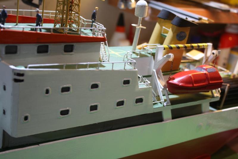 Forschungsschiff OGS  EXPLORA, 1:100  - Seite 13 00911