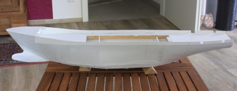 OGS  EXPLORA  Ein Forschungsschiff M 1: 100, nicht von Pappe  - Seite 2 Img_0290