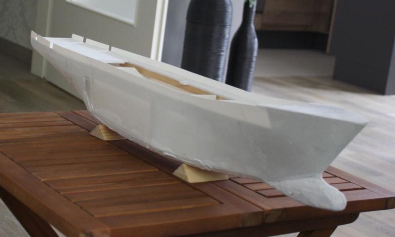 OGS  EXPLORA  Ein Forschungsschiff M 1: 100, nicht von Pappe  - Seite 2 Img_0292