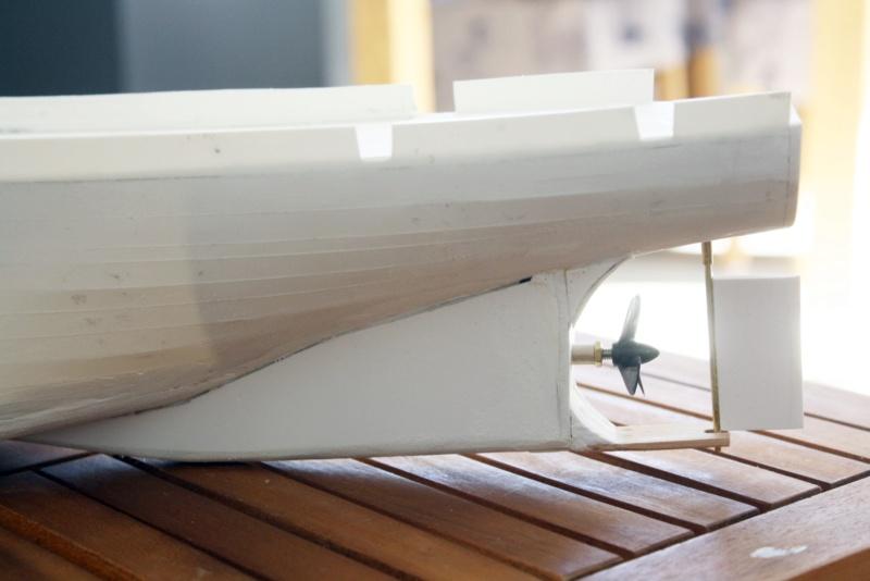 OGS  EXPLORA  Ein Forschungsschiff M 1: 100, nicht von Pappe  - Seite 2 Img_0310