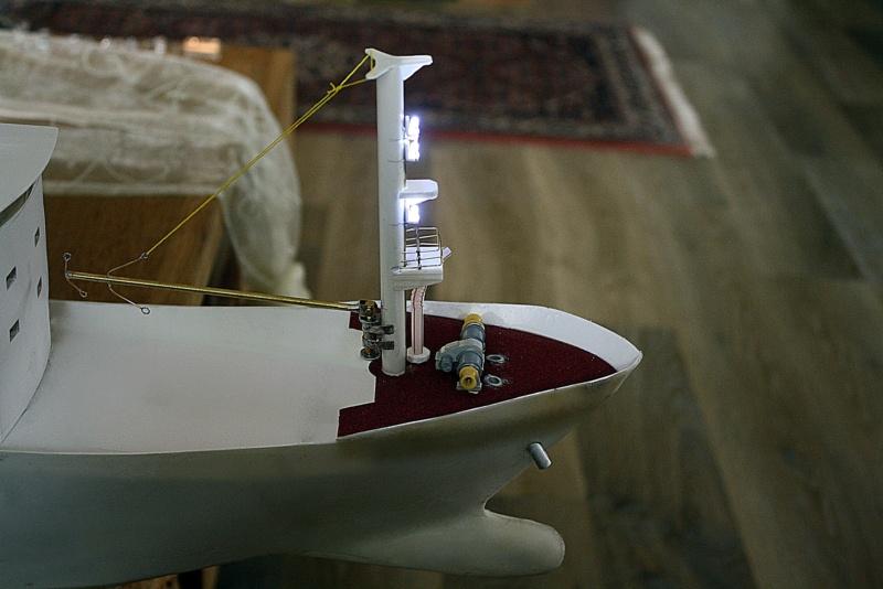 OGS  EXPLORA  Ein Forschungsschiff M 1: 100, nicht von Pappe  - Seite 6 Img_0345