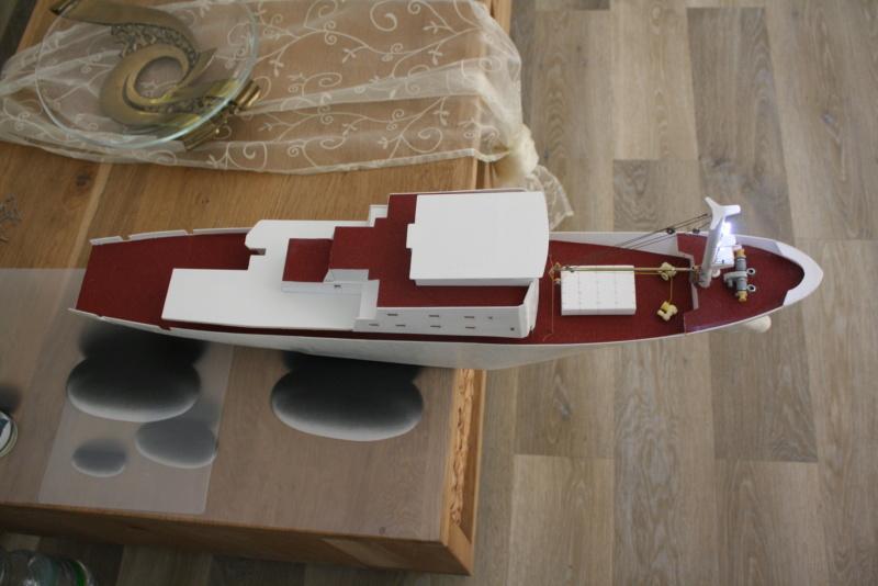 OGS  EXPLORA  Ein Forschungsschiff M 1: 100, nicht von Pappe  - Seite 6 Img_0352