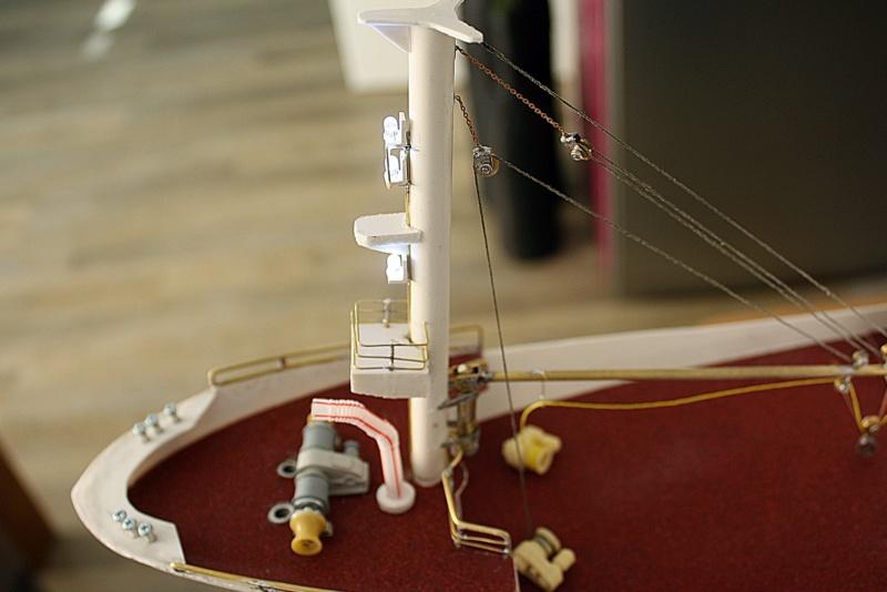 OGS  EXPLORA  Ein Forschungsschiff M 1: 100, nicht von Pappe  - Seite 6 Img_0355