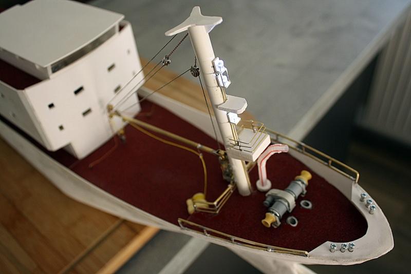 OGS  EXPLORA  Ein Forschungsschiff M 1: 100, nicht von Pappe  - Seite 6 Img_0356