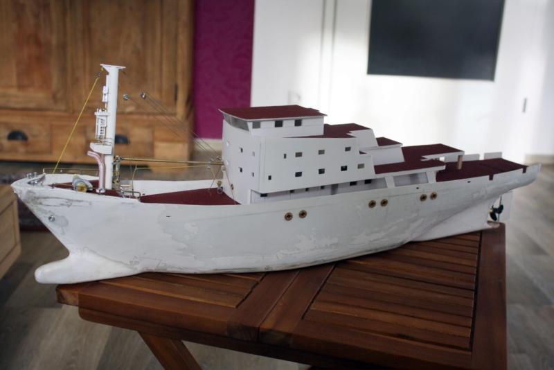 OGS  EXPLORA  Ein Forschungsschiff M 1: 100, nicht von Pappe  - Seite 7 Img_0359