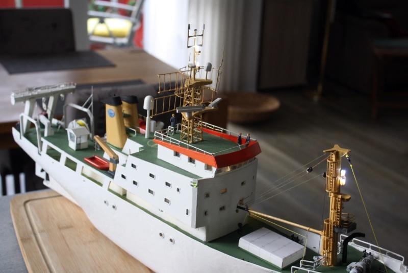 OGS  EXPLORA  Ein Forschungsschiff M 1: 100, nicht von Pappe  - Seite 10 Img_0435