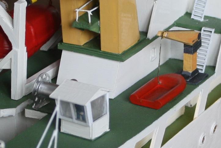 OGS  EXPLORA  Ein Forschungsschiff M 1: 100, nicht von Pappe  - Seite 10 Img_0439