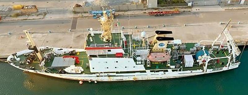 Forschungsschiff OGS  EXPLORA, 1:100  - Seite 5 Ogs_ex10