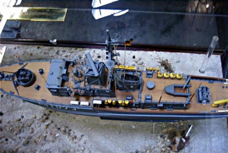 Minenjagdboot KONSTANZ M 1081 - Seite 3 Rimg0012