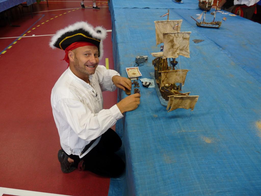 LA MACHINE A REMONTER LE TEMPS Naval_46