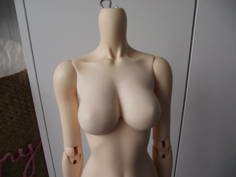 [en layaway] Feeple 65 female body (mod poitrine) Dscf3014