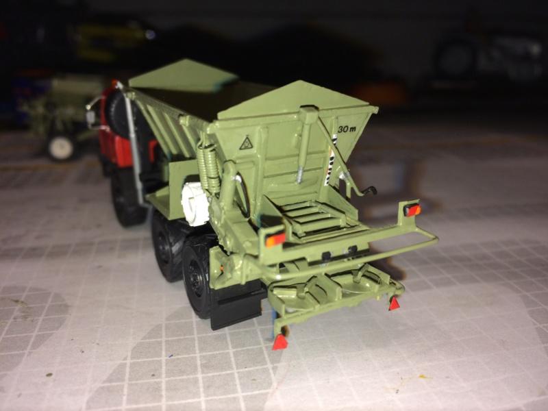 Tatra mit D037 Streuer Img_3910
