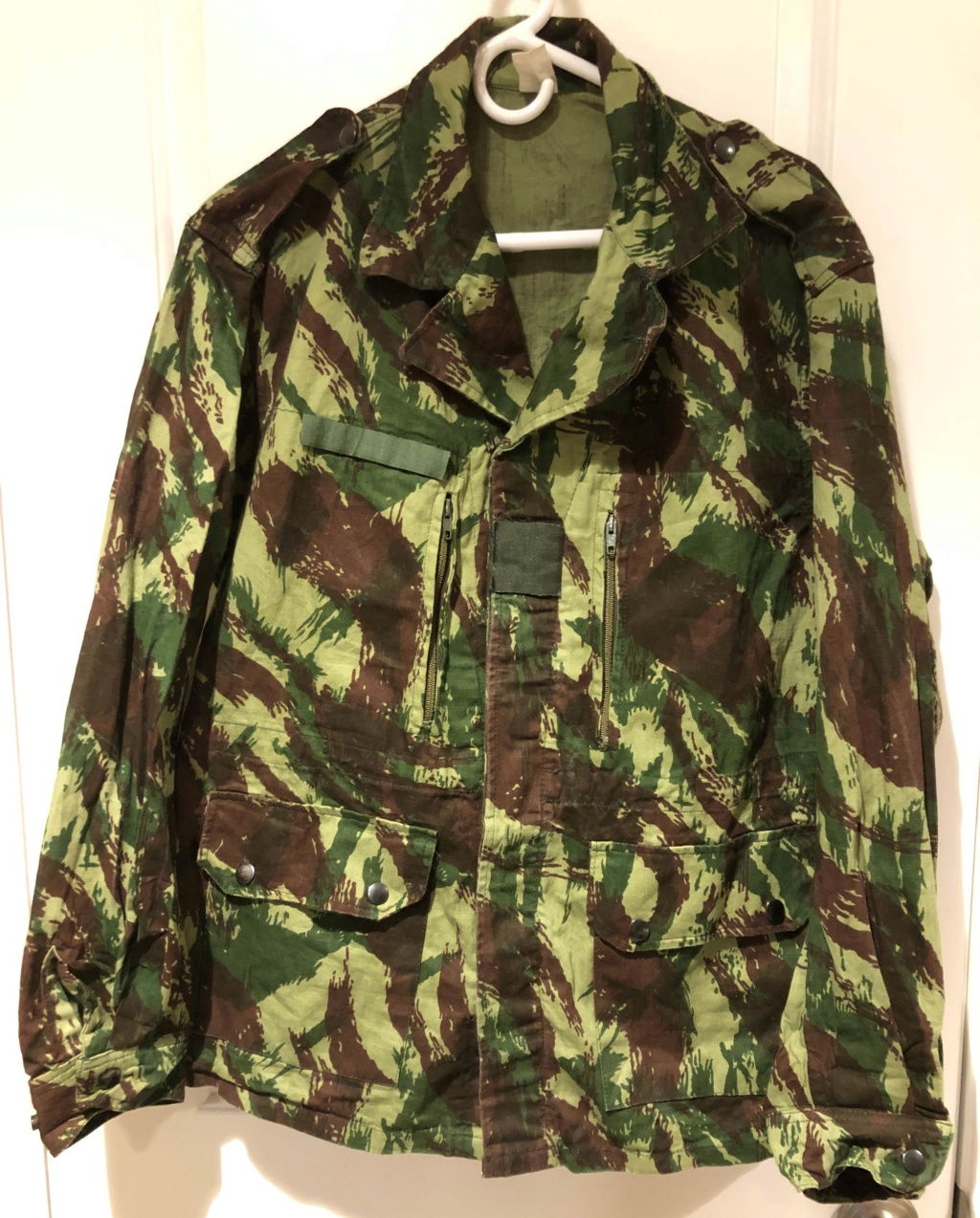 Portuguese Camo F1 Cut Export Uniform with French language tag 1_fron18
