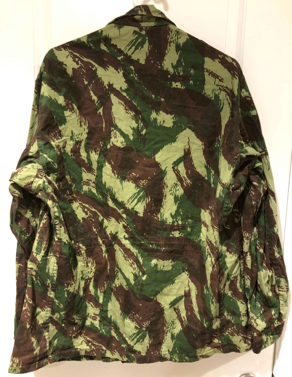 Portuguese Camo F1 Cut Export Uniform with French language tag 2_back12