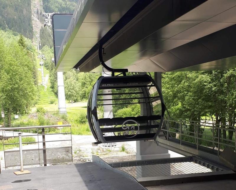 Télécabine débrayable 10 places (TCD10) de la Flégère 11722610