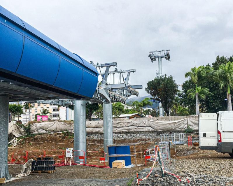 Construction télécabine débrayable 10 places (TCD10) La Réunion CINOR 12576710