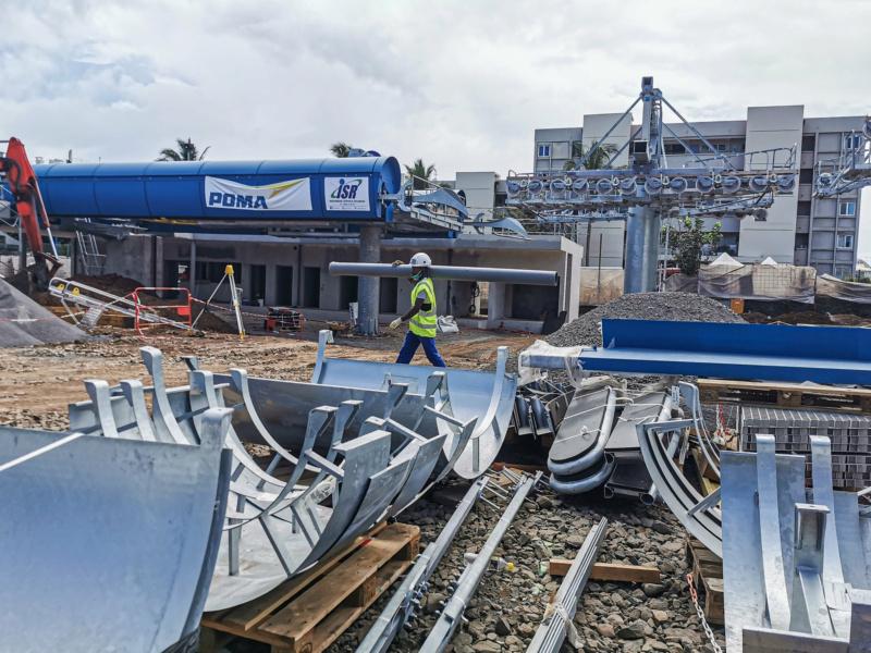 Construction télécabine débrayable 10 places (TCD10) La Réunion CINOR 12774110