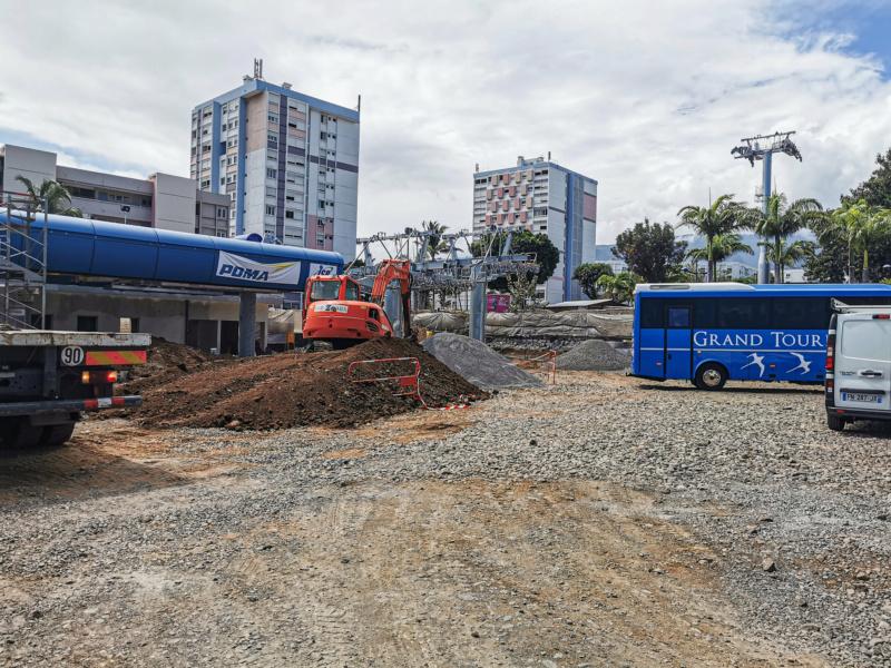 Construction télécabine débrayable 10 places (TCD10) La Réunion CINOR 12778210
