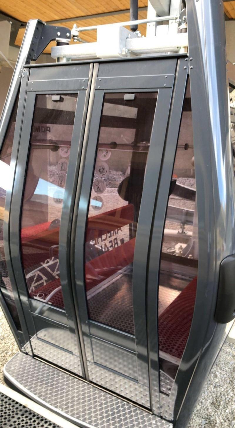 Construction Télécabine débrayable 10 places (TCD10) du Bois - Arêches 12780010