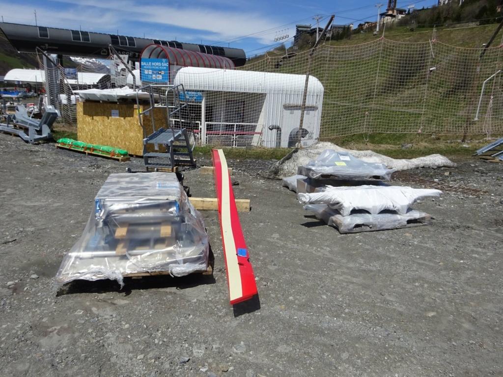 Construction télécabine débrayable 10 places (TCD10) Pointe de la Masse 19120710