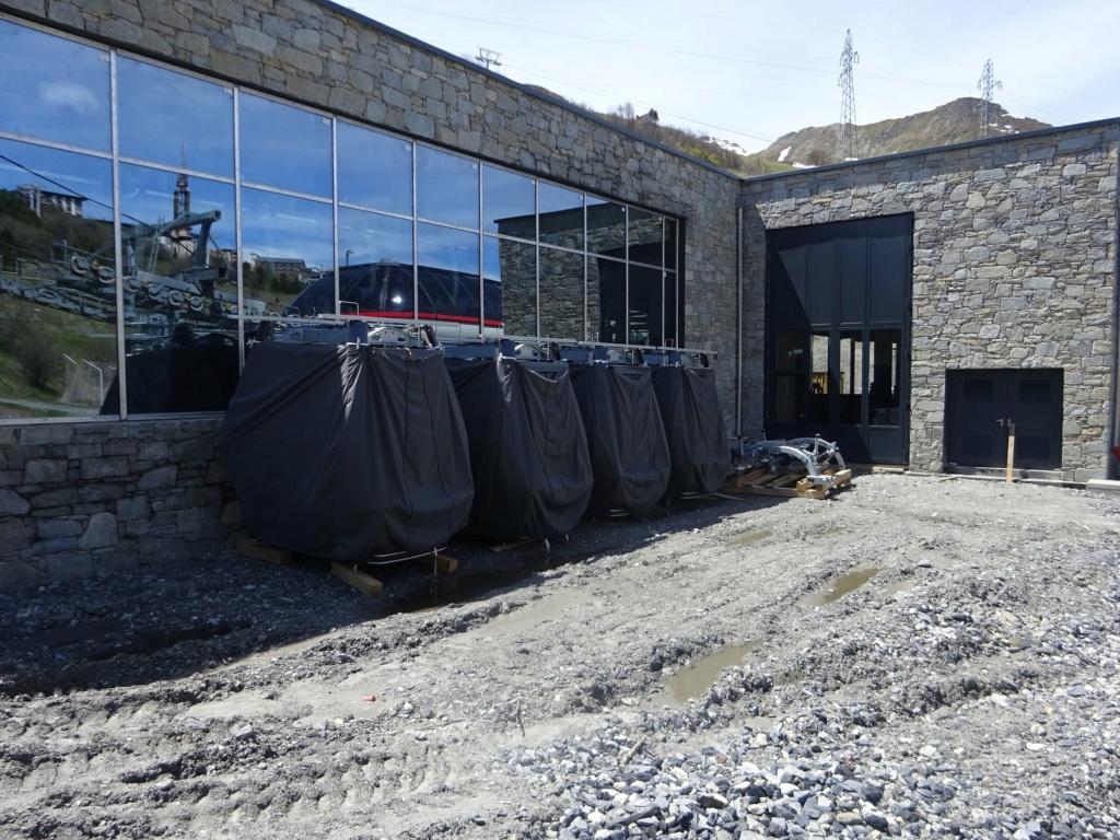 Construction télécabine débrayable 10 places (TCD10) Pointe de la Masse 19144510