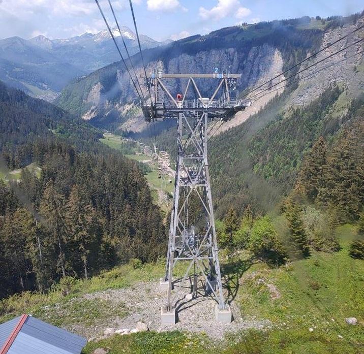 Téléphérique bicâble débrayable 3S des Prodains - Avoriaz 19928910