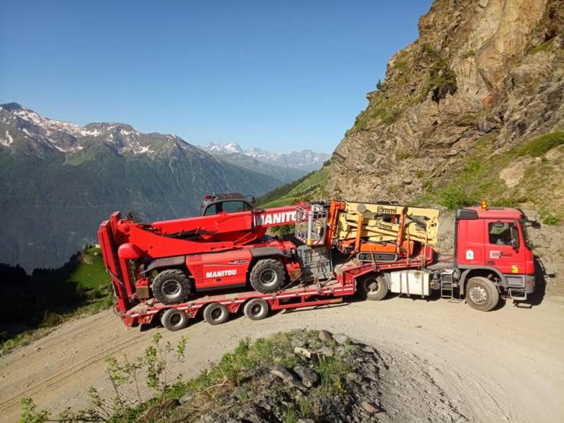 Construction télécabine débrayable 10 places (TCD10) Orelle - Caron 3 Vallées Express 20414710