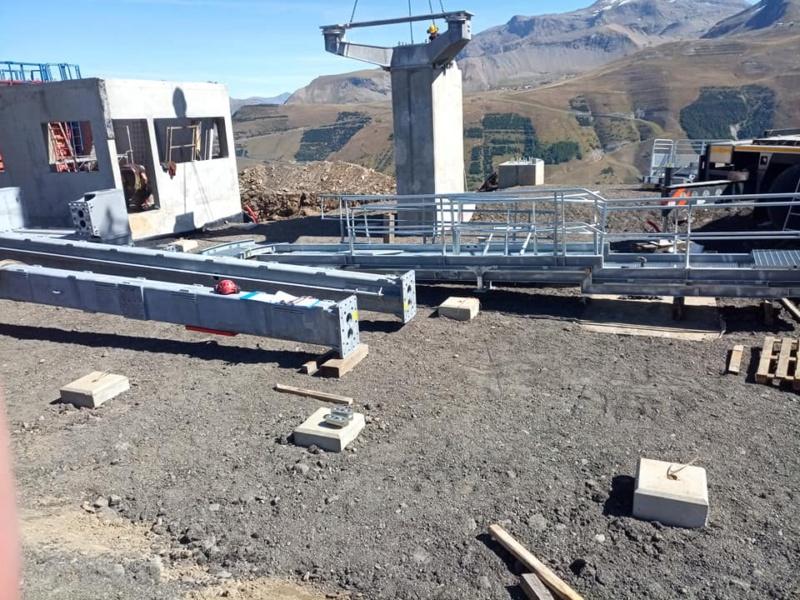 Construction télécabine débrayable (TCD10) Super Venosc 24258710