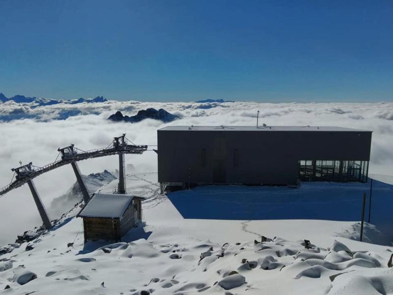 Construction télécabine débrayable 10 places (TCD10) Orelle - Caron 3 Vallées Express 24439810