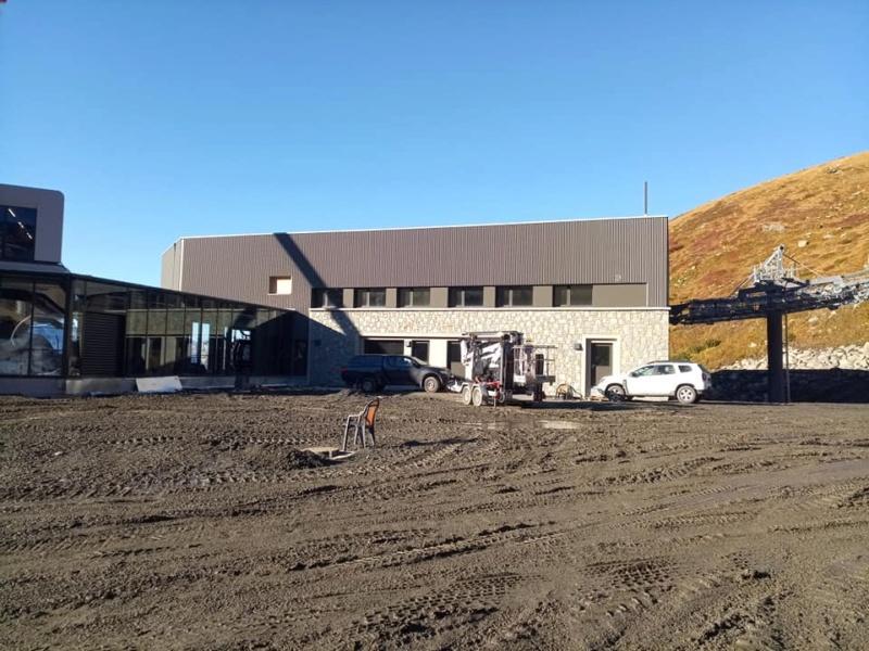 Construction télécabine débrayable 10 places (TCD10) Orelle - Caron 3 Vallées Express 24439911
