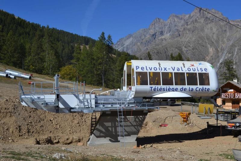 Construction du télésiège fixe 4 places (TSF4) de la Crête - Pelvoux-Vallouise (GMM) 42705310