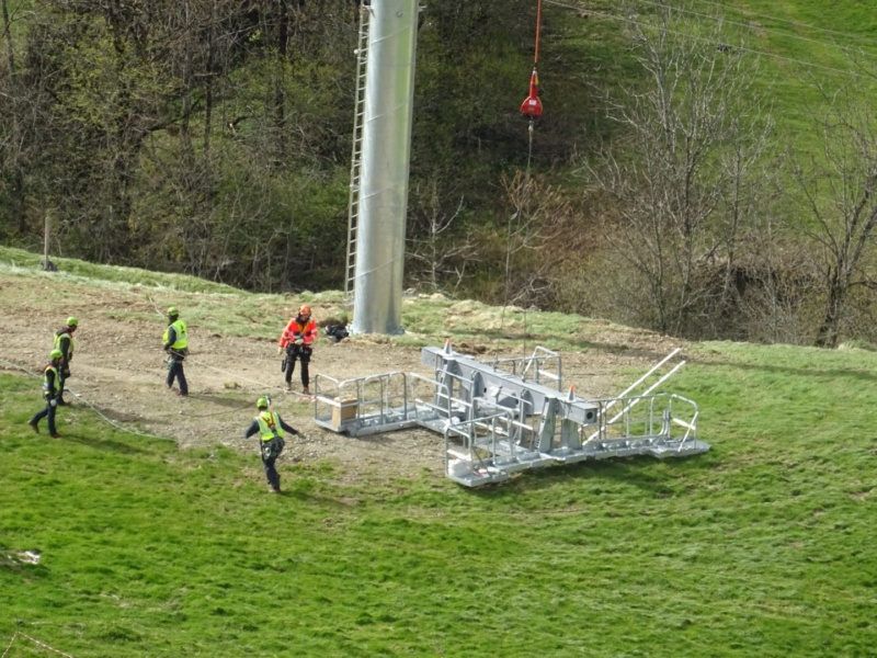 Construction Télécabine débrayable 10 places (TCD10) Peyragudes - Loudenvielle - Page 2 60020310