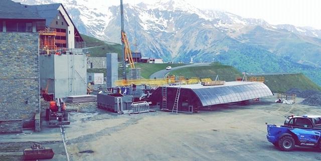 Construction Télécabine débrayable 10 places (TCD10) Peyragudes - Loudenvielle - Page 3 61186810