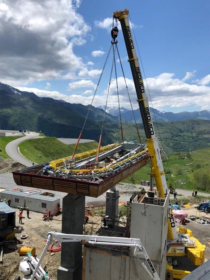 Construction Télécabine débrayable 10 places (TCD10) Peyragudes - Loudenvielle - Page 4 62119010