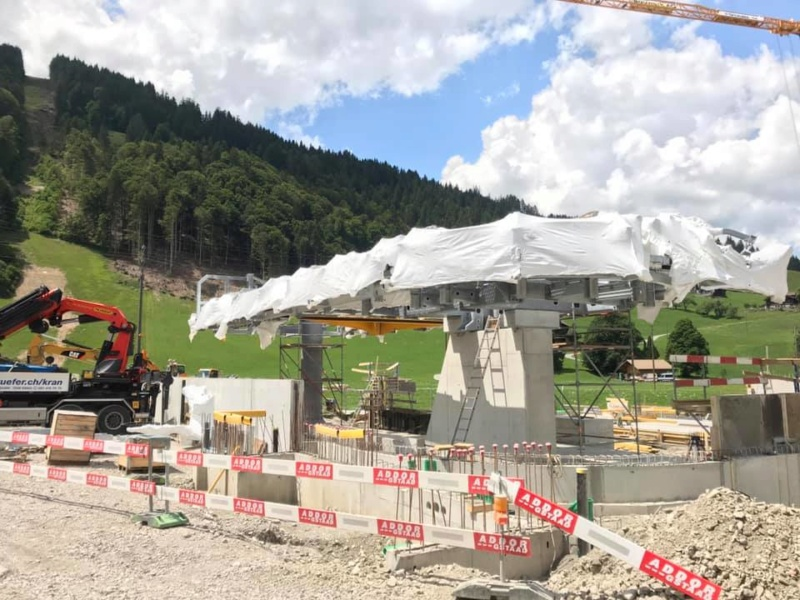 Construction télécabine 10 places Eggli (Gstaad BE) 67105210
