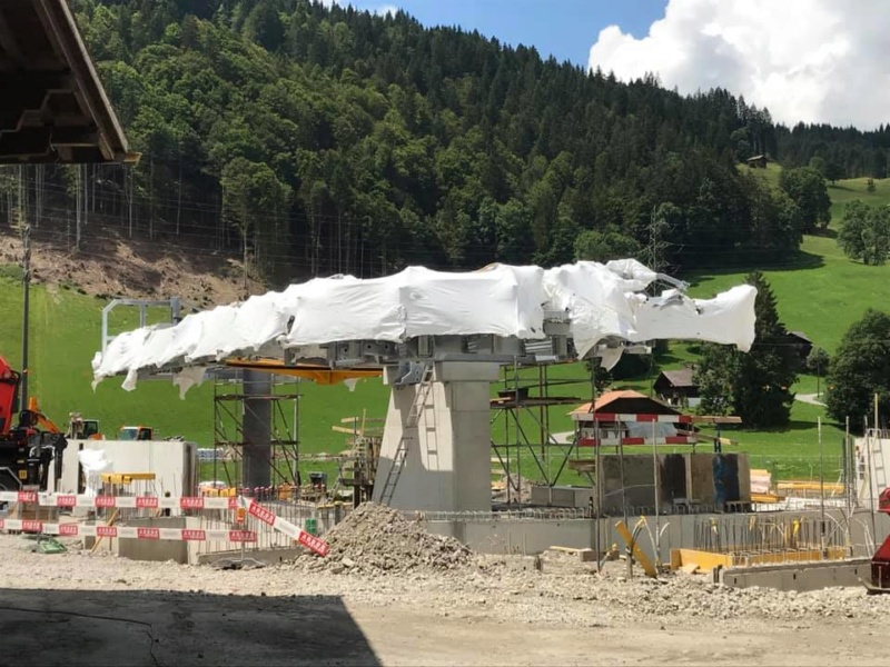 Construction télécabine 10 places Eggli (Gstaad BE) 67295110