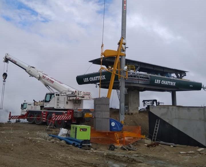 Construction télésiège débrayable 6 places (TSD6) des Chattrix 69516210