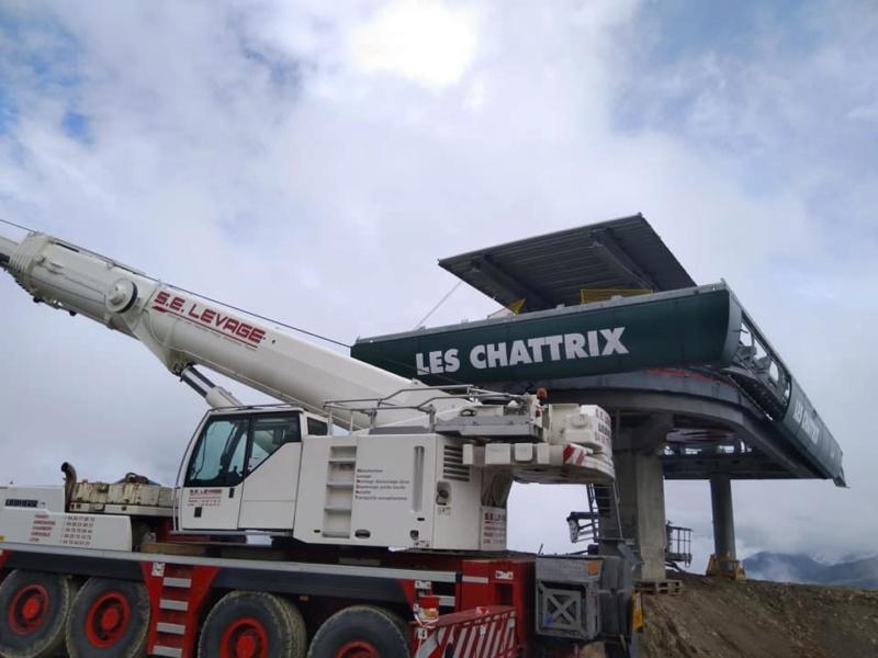 Construction télésiège débrayable 6 places (TSD6) des Chattrix 69760110