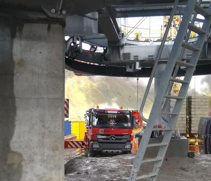 Construction télésiège débrayable (TSD6) les Charmieux - Grand Bornand 70881510