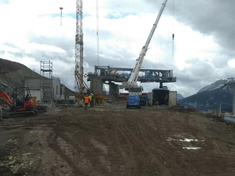 Construction télésiège débrayable (TSD6) les Charmieux - Grand Bornand 70882510
