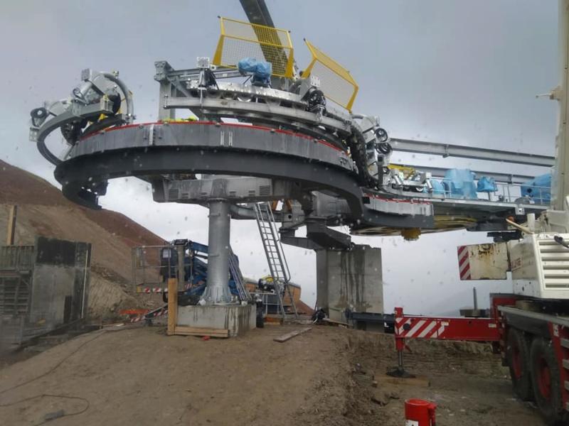 Construction télésiège débrayable (TSD6) les Charmieux - Grand Bornand 70890510