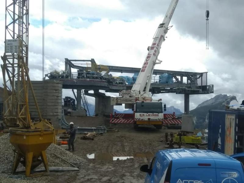 Construction télésiège débrayable (TSD6) les Charmieux - Grand Bornand 71278510