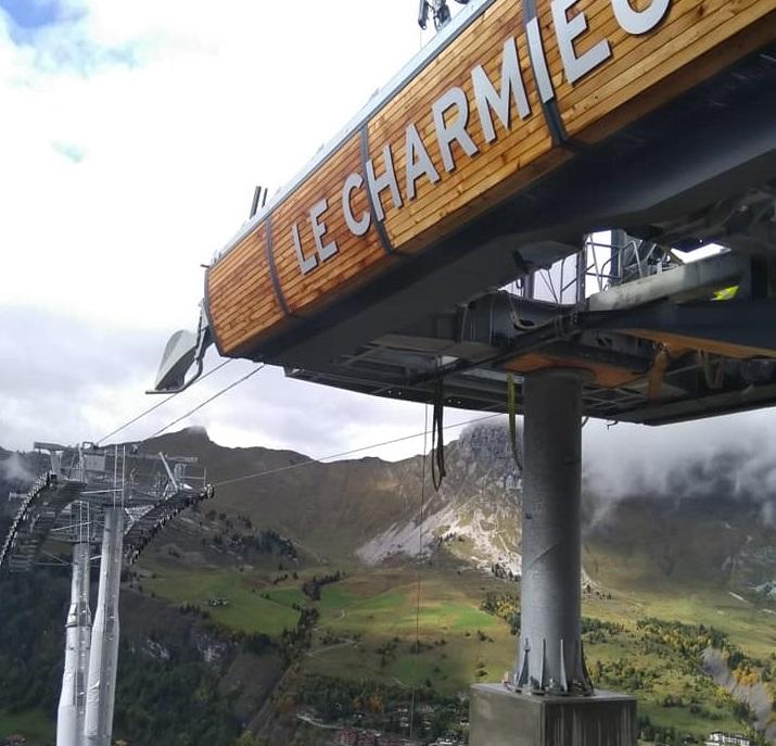 Construction télésiège débrayable (TSD6) les Charmieux - Grand Bornand 71545910