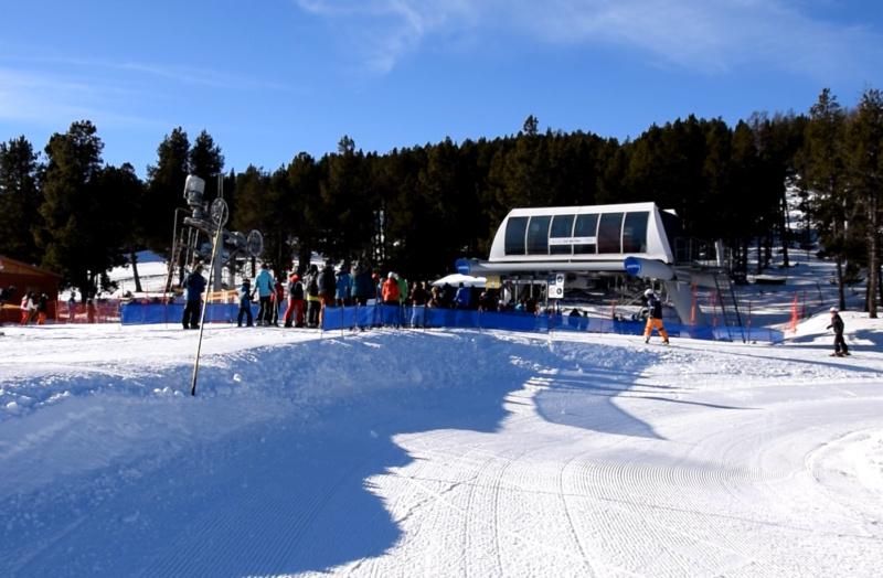 Télésiège fixe 4 places (TSF4) Col del Pam Areche11